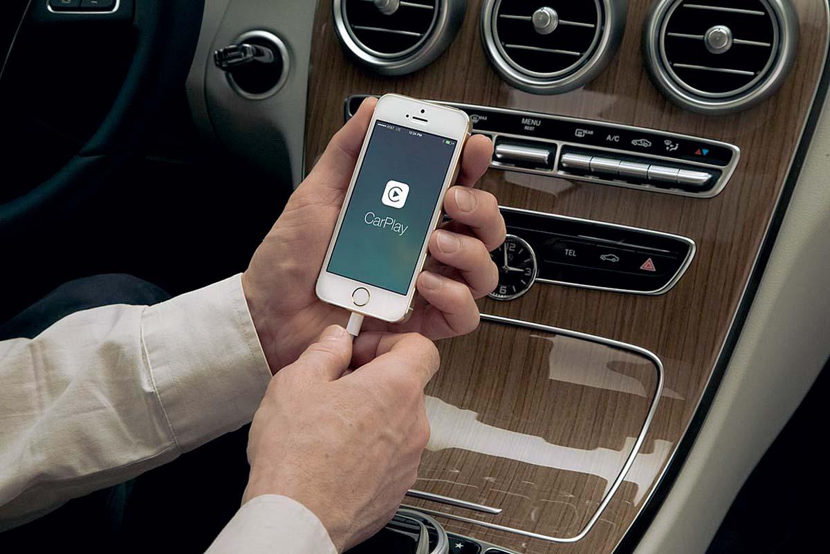 Mercedes Apple CarPlay