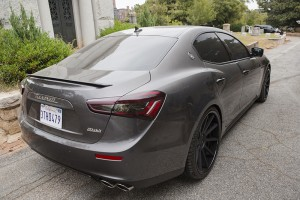 2014_Maserati_Ghibli_75
