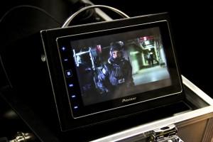 Головное устройство легко справляется с практически любыми медиа-файлами, включая тяжеловесные MKV-видеофайлы