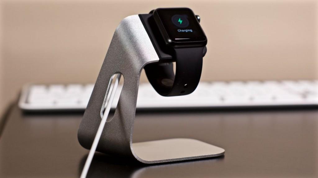 Apple Watch Spigen Stand