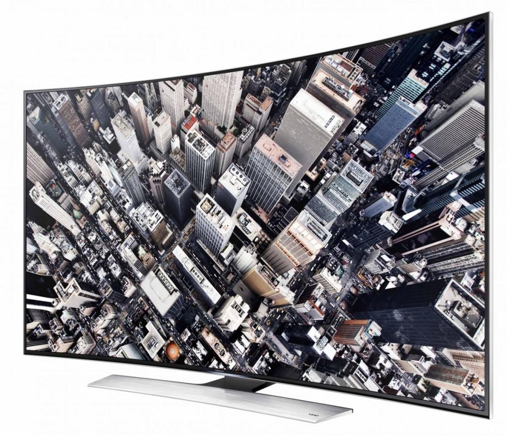 На некоторых моделях телевизоров Samsung воспроизведение видео из домашней сети внезапно прерывалось рекламными роликами. По заявлению компании, речь шла всего лишь о технической ошибке.