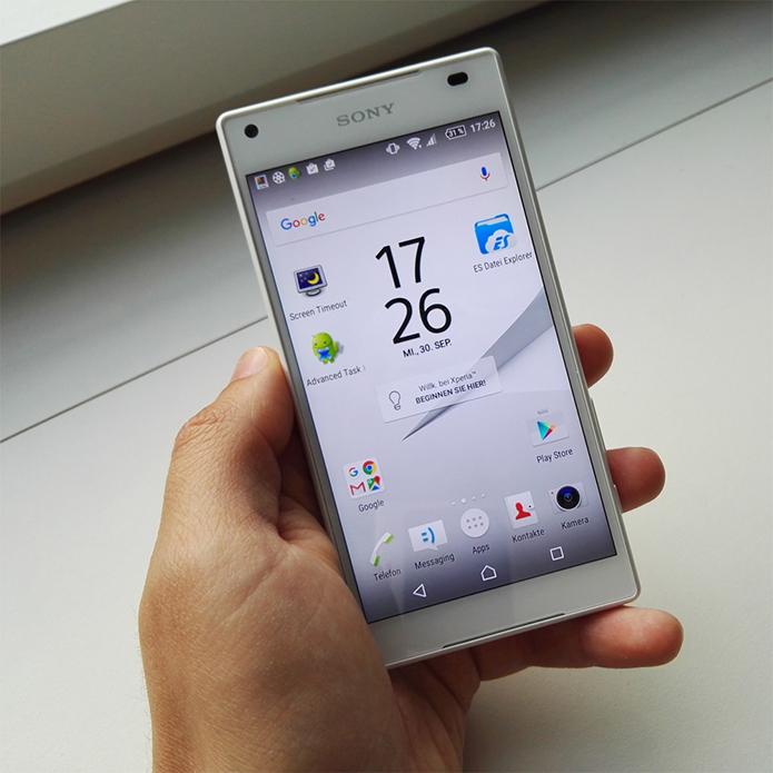 Sony Xperia Z5 Compact: суперяркий дисплей