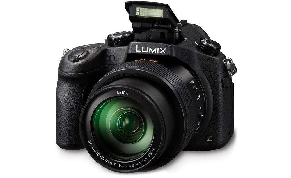 Panasonic Lumix DMC-FZ1000: откидная вспышка освещает до 9,5 метров вокруг.
