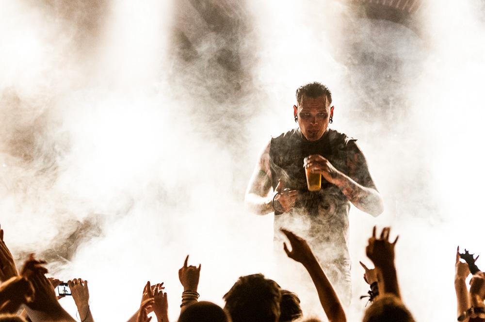 Как фотографировать на вечеринках и концертах