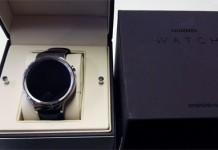 Упаковка Huawei Watch