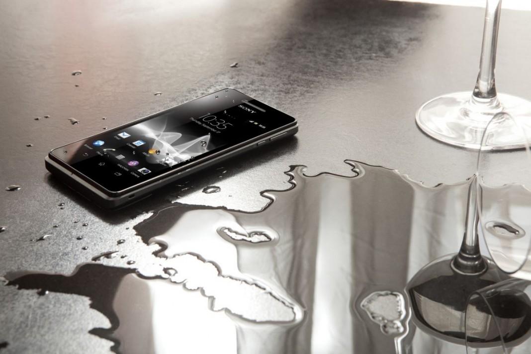 ТОП-10 смартфонов, которые не боятся воды