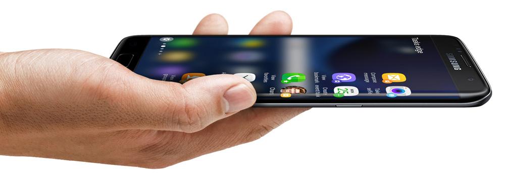 Samsung Galaxy S7 Edge: Edge UX активно использует край дисплея.