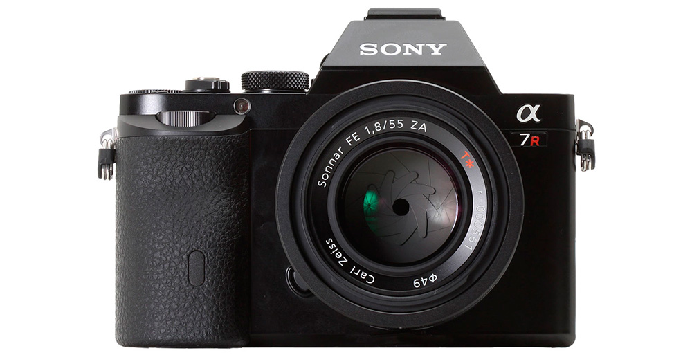 Sony Alpha 7R: Беззеркальная камера с полноформатной матрицей и разрешением 36 мегапикселей.