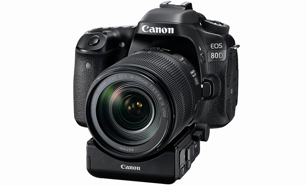 Canon EOS 80D: Для работы адаптера привода зума PZ-E1 будут необходимы новые объективы: например, переработанный объектив 18-35 мм.