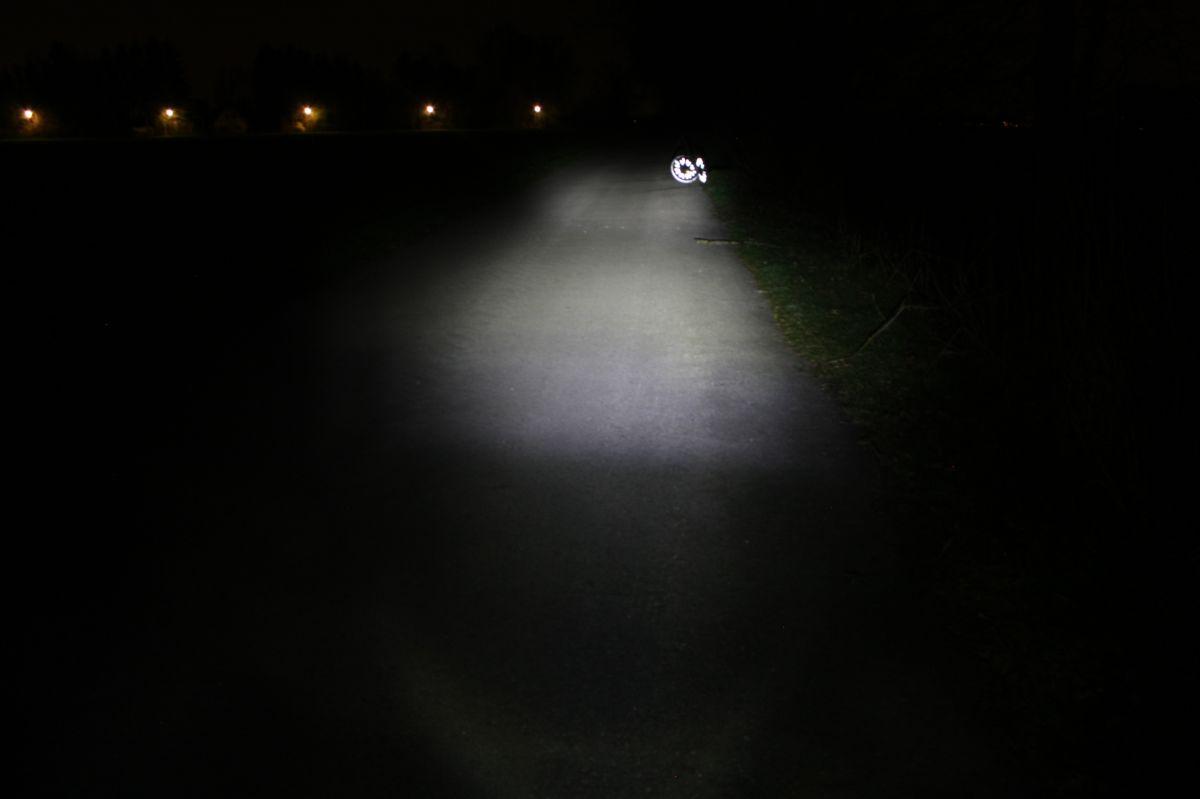 SIGMA SPORT SPORTSTER: тестовый снимок освещенности