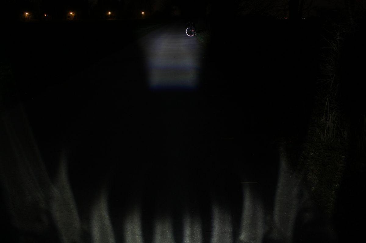TRELOCK LS 350: тестовый снимок освещенности