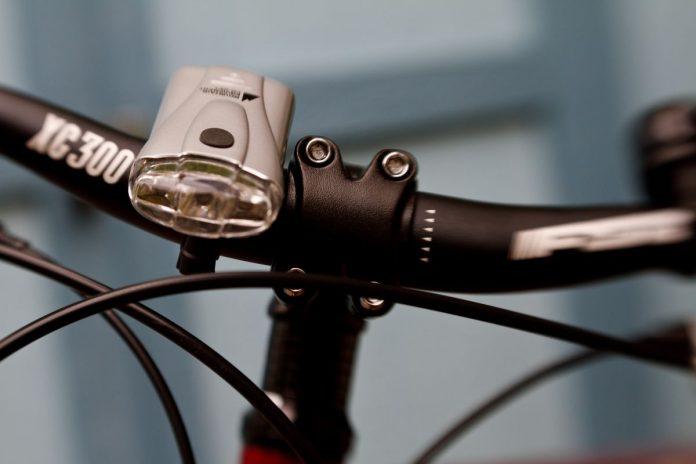 Фотогалерея: лучшие велосипедные фары