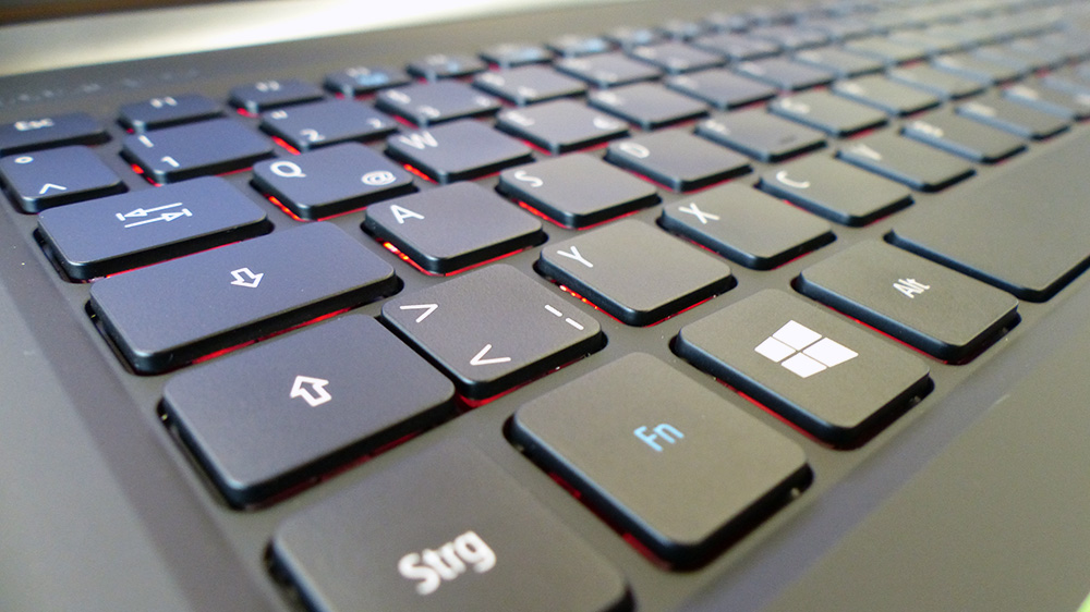 Acer Aspire V15 Nitro BE VN7-572G-54YG: Приятная и удобная клавиатура.