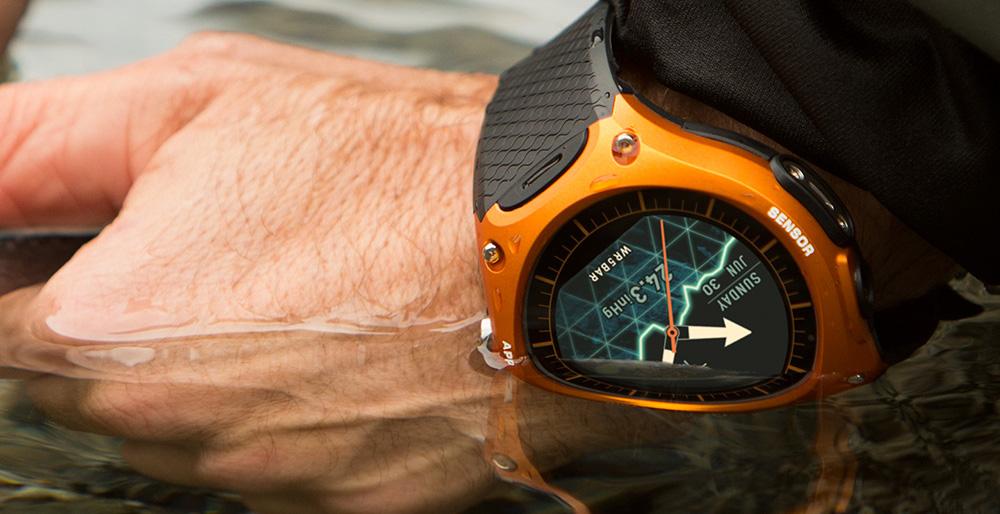 Умные часы Casio: не боятся погружения в воду — водонепроницаемость до 50 метров.