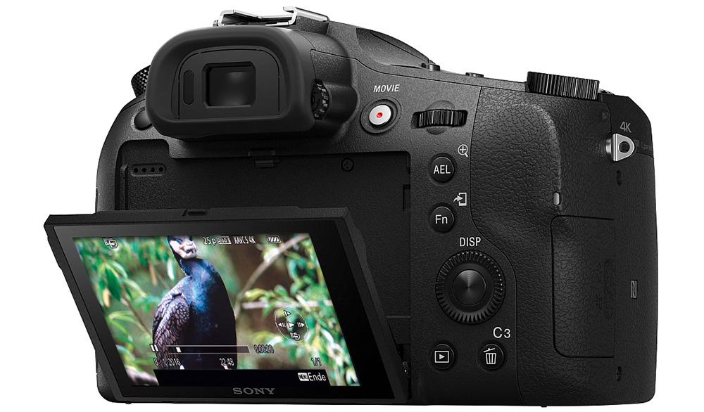 Sony Cyber-shot DSC-RX10 III: Впервые камера от Sony позволяет извлекать отдельные кадры из видео UHD в формате JPEG с разрешением 8 мегапикселей.