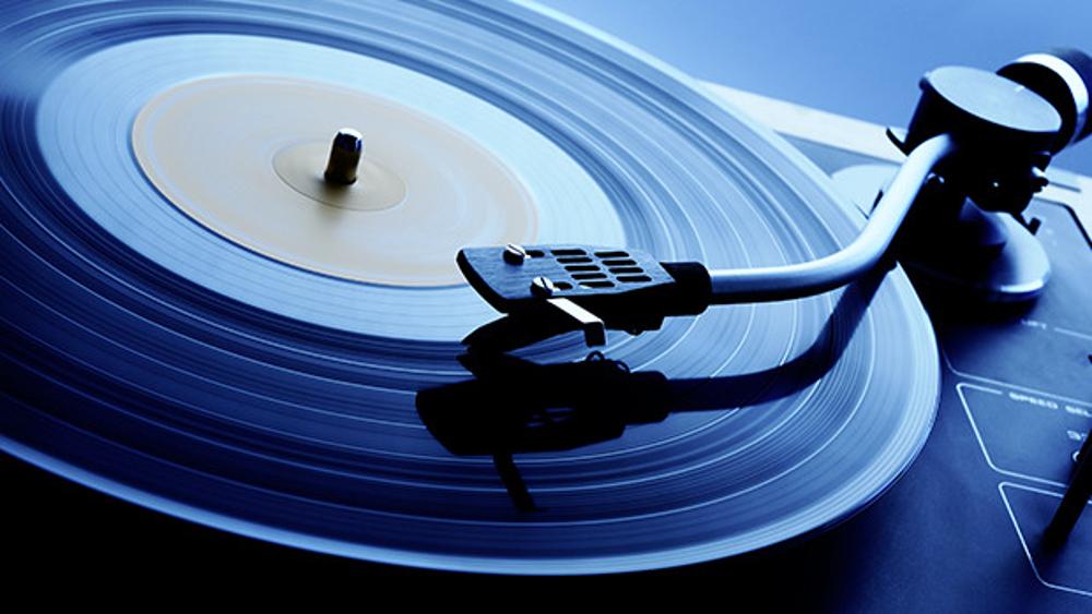 Как оцифровать старые аудиокассеты и грампластинки