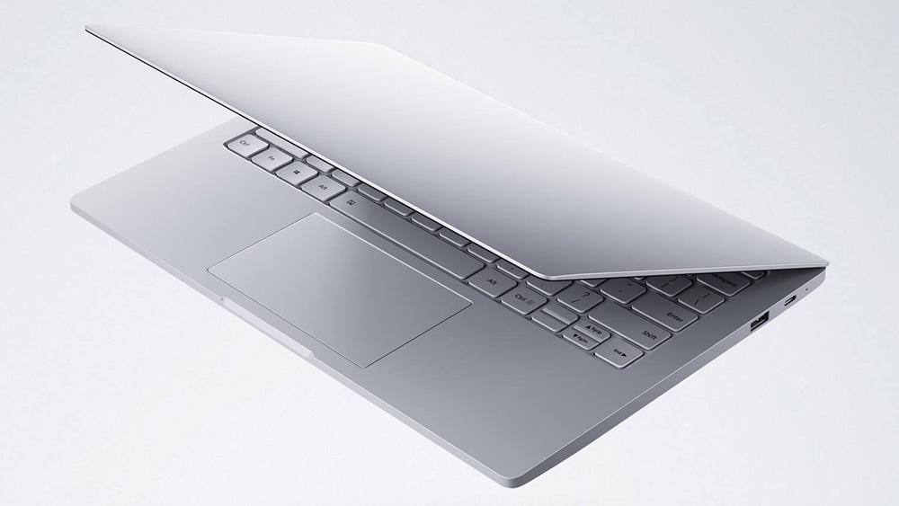 Mi Notebook Air 13: в старшей 13,3-дюймовой модели устанавливаются Core i5, 8 Гбайт ОЗУ и SSD емкостью 256 Гбайт.