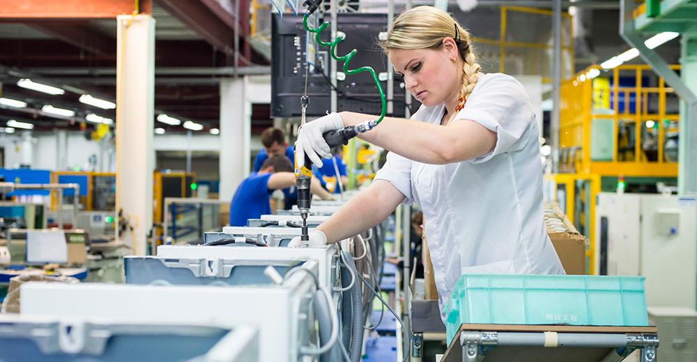 5 ноября 2015 года на линии производства стиральных машин Samsung был зафиксирован новый рекорд по сборке: 2200 устройств за восьмичасовую смену.