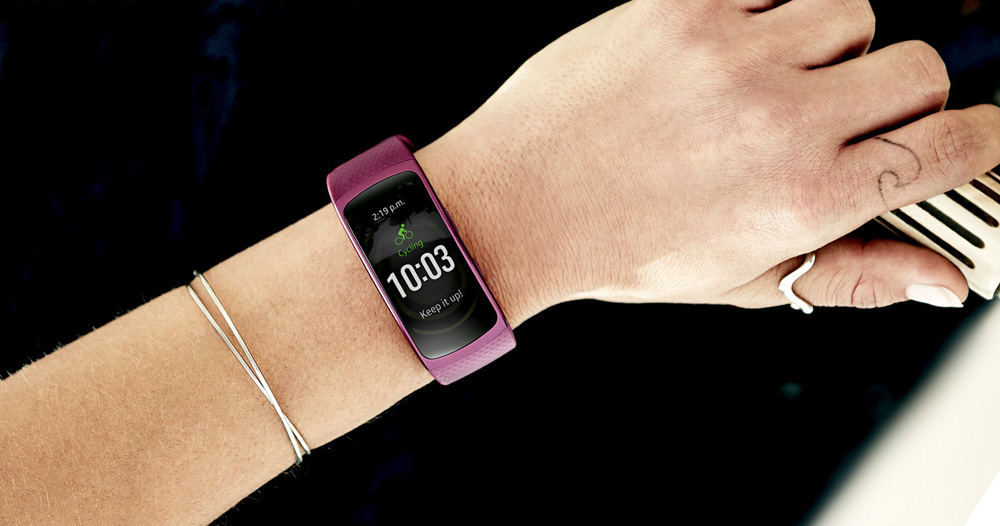 Samsung Gear Fit 2: ваши фитнес-характеристики всегда у вас на виду.