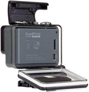 GoPro Hero: запасы энергии данная экшен-камера пополняет через Mini-USB