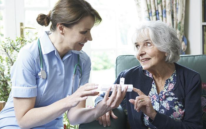 Уход на дому: управление приемом лекарств