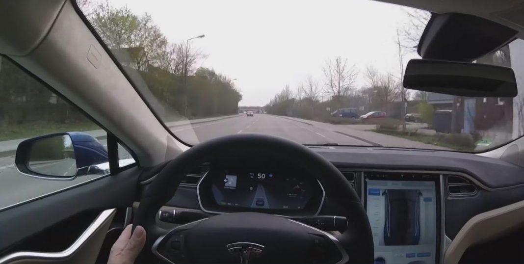 Tesla меняет алгоритм работы автопилота и делает ставку на систему радаров