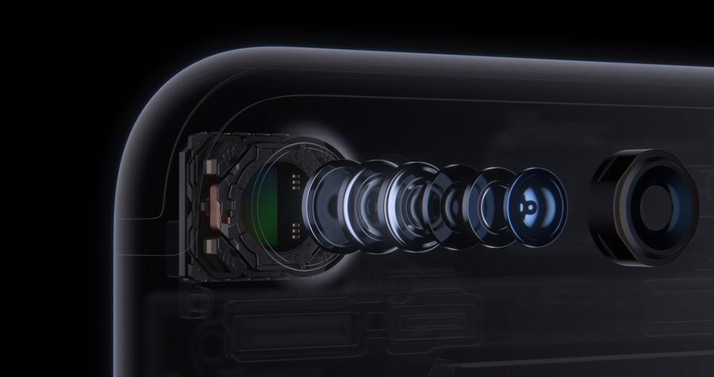 Новая камера в iPhone 7 оснащена оптическим стабилизатором изображения.