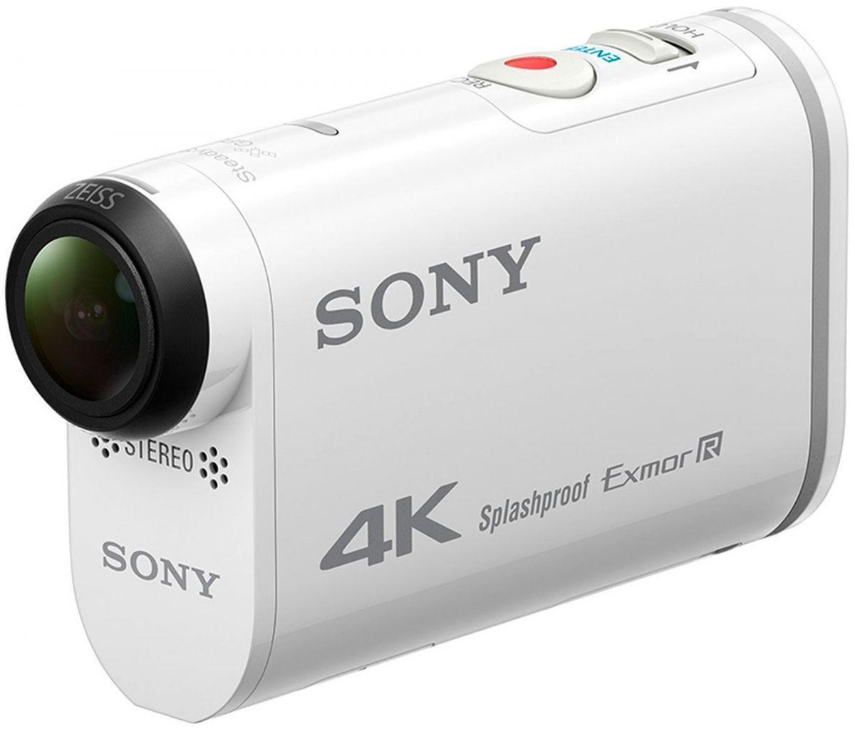 Sony FDR-X1000V: лидер рейтинга экшен-камер поставляется с завода с двумя клейкими креплениями