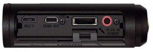 Sony HDR-AS30V: в нижней части есть множество интерфейсов