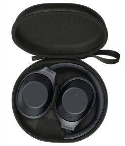Sony MDR-1000X: прилагаемый чехол практичен для путешествий