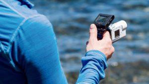 Sony FDR-X3000R: пульт дистанционного управления RM-LVR3 с дисплеем предлагается опционально