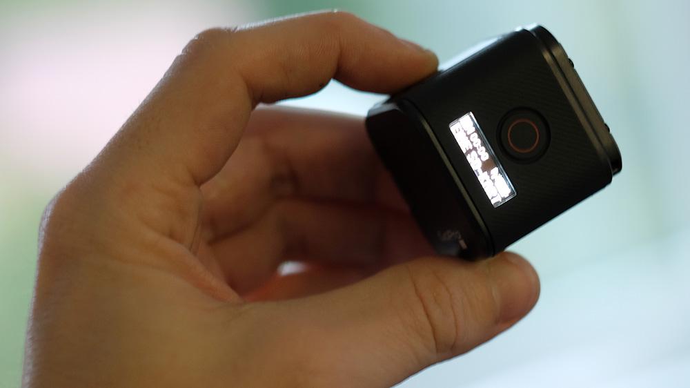 GoPro Hero 5 Session: маленький LCD-экранчик отображает статус устройства