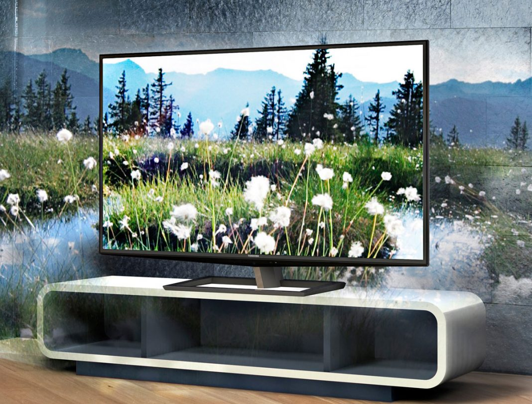 Изогнутый экран, 3D, 4K, 8K и HDR: какие технологии действительно должен поддерживать ваш телевизор
