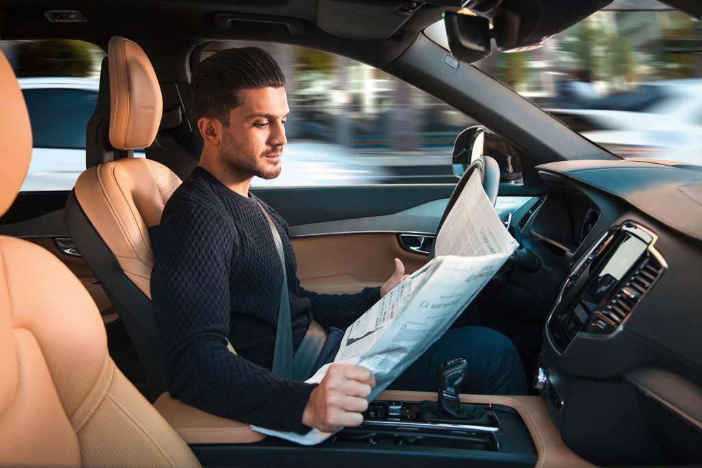 Когда автомобили научатся ездить сами?
