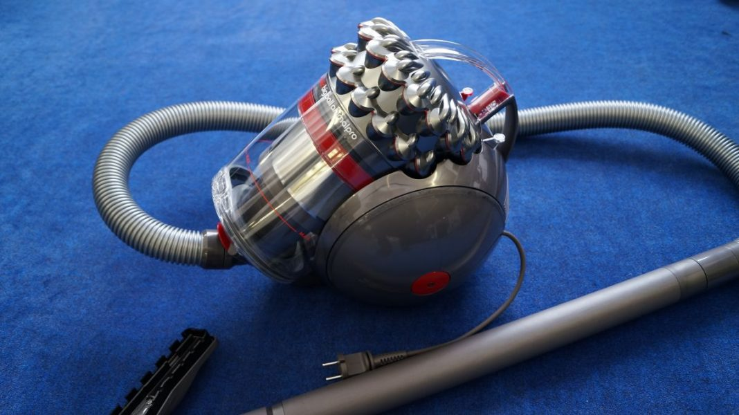 Пылесос-неваляшка: Тест Dyson Cinetic Big Ball Animal Pro