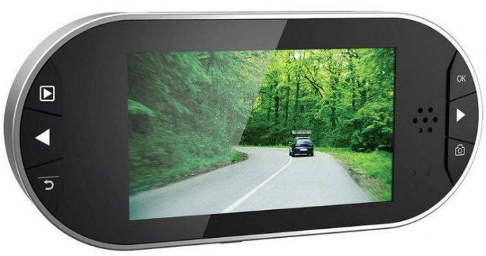 Binatone выпустила видеорегистратор и Bluetooth-наушники под брендом Motorola