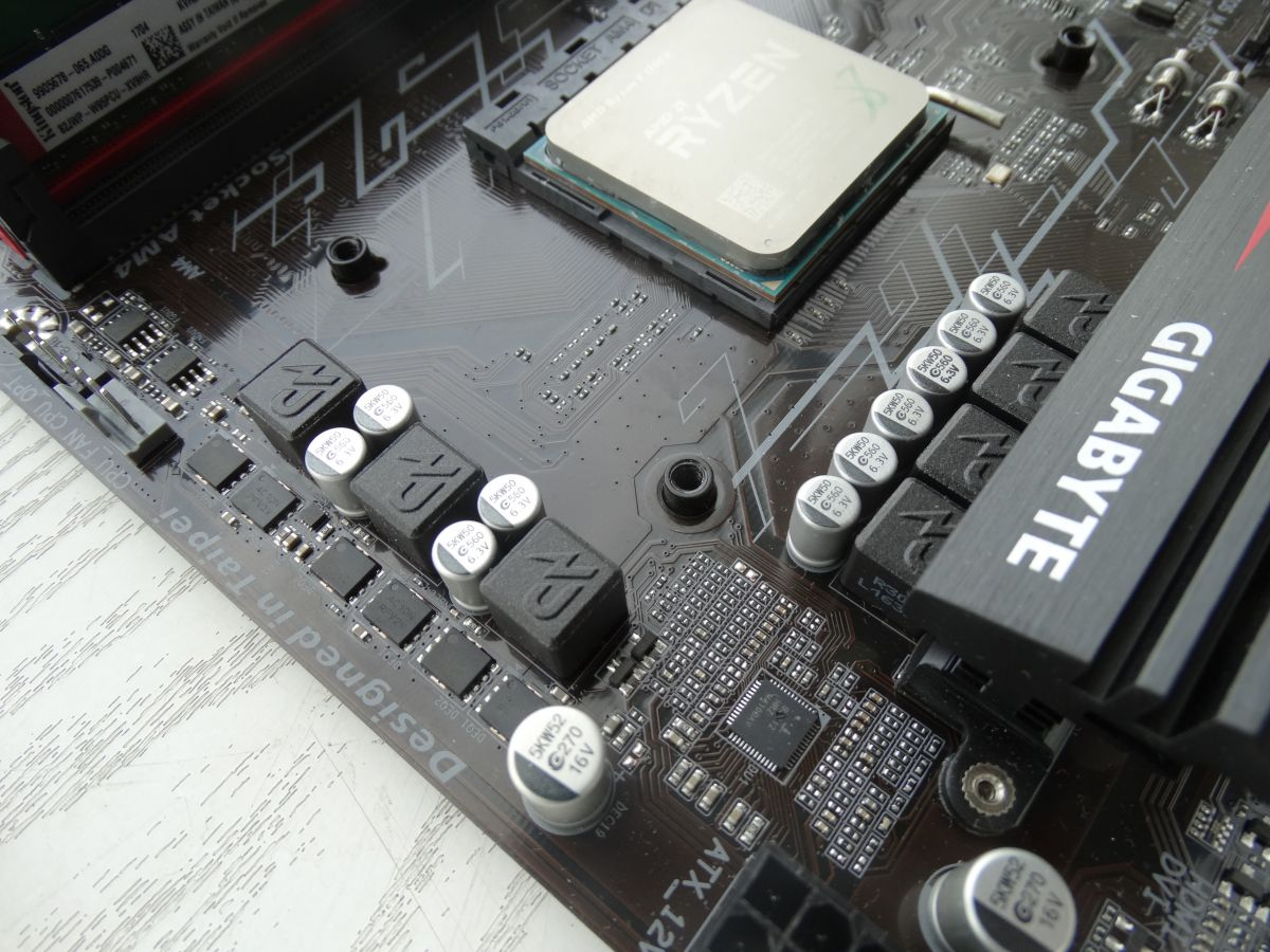 Подсистема питания процессора Gigabyte GA-AB350-Gaming 3