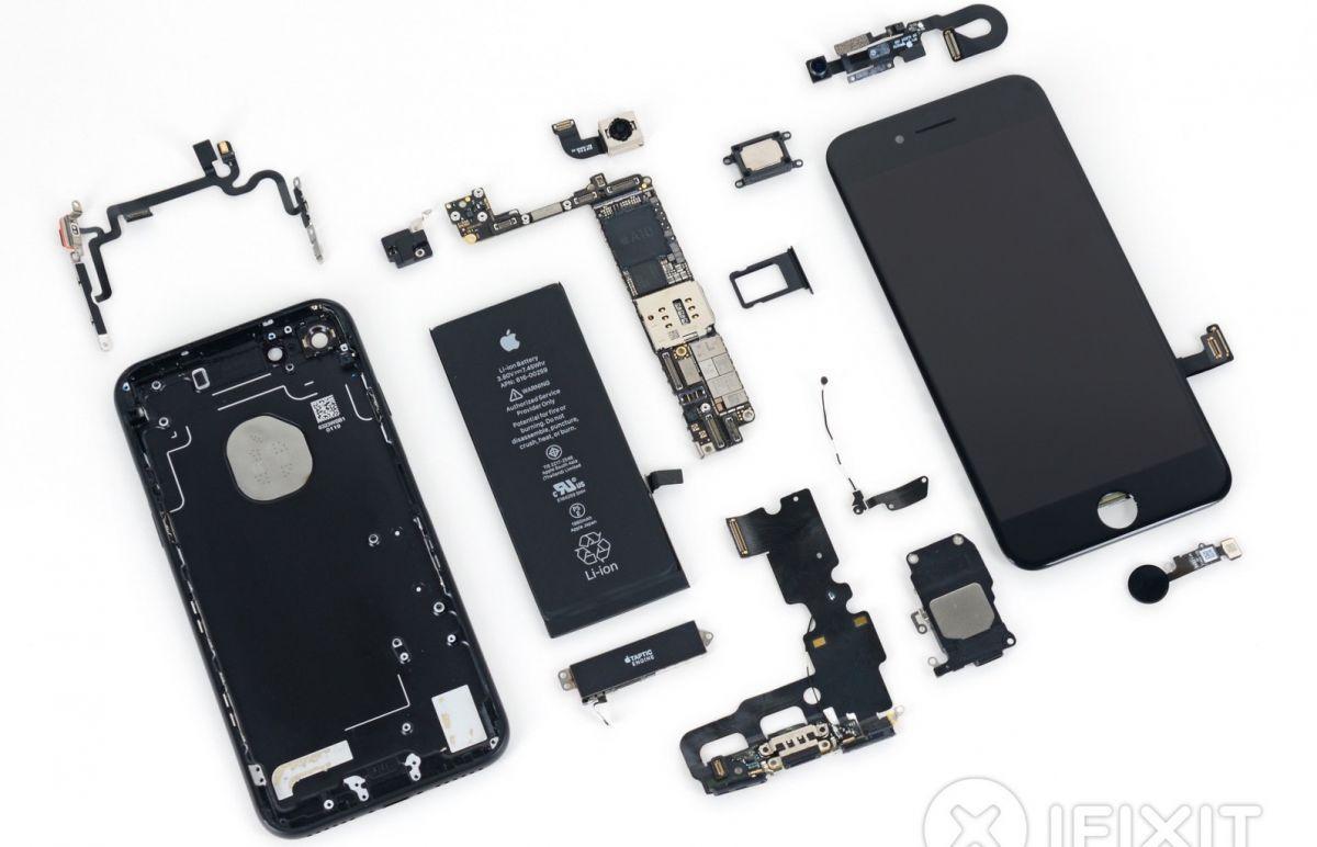 Ремонтопригодность: Galaxy S7 против iPhone 7