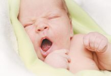 Как сделать фото младенца?