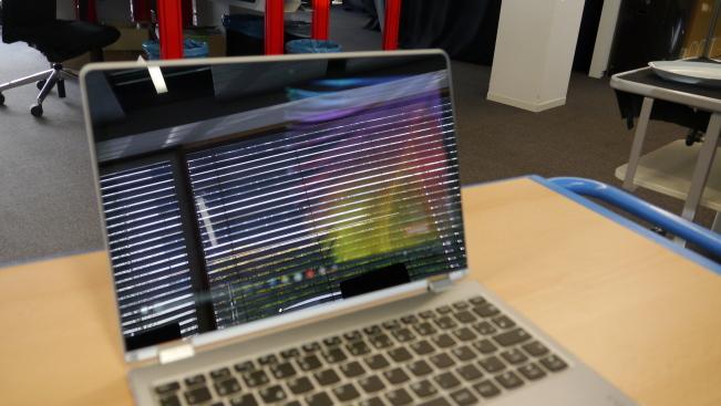 Тест ноутбука Lenovo Yoga 710-11IKB: сверхмобильный ПК с бликующим дисплеем