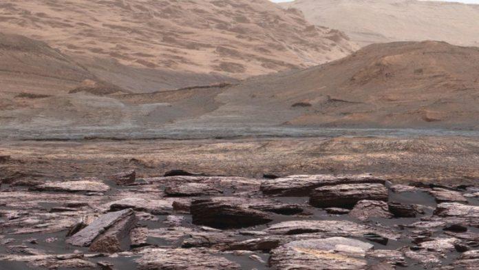 Ученые рассказали, что могло погубить жизнь на Марсе
