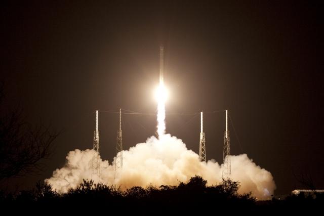 SpaceX собирается запустить в космос похоронный корабль