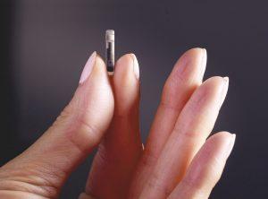 Техника под кожей: обзор импланта для мониторинга уровня сахара в крови Eversense