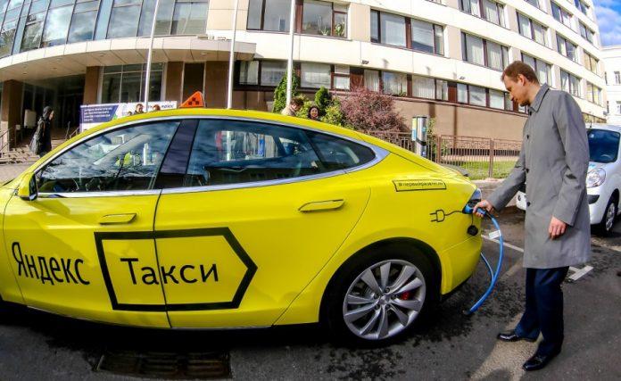 «Яндекс.Такси» и Uber объединяют свой бизнес в России