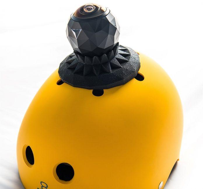 Представлен первый в мире видеорегистратор и экшен-камера с круговым обзором Nissan JukeCam