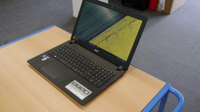 К сожалению, больше, чем для работы в офисных приложениях, веб-серфинга и воспроизведения музыки эта модель от Acer не очень подходит