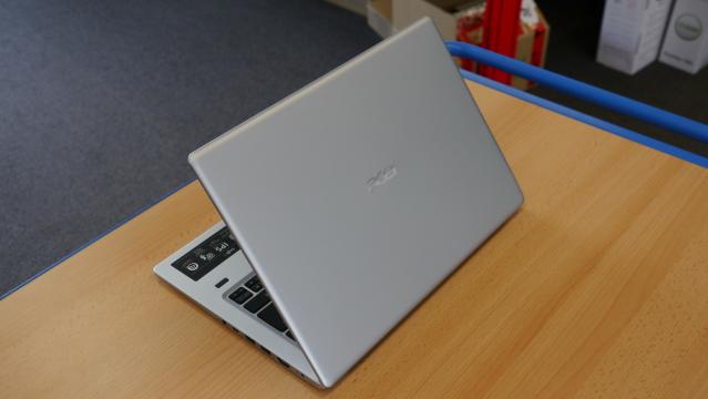 Тест ноутбука Acer Swift 1 SF113-31: замечательное соотношение цены и качества