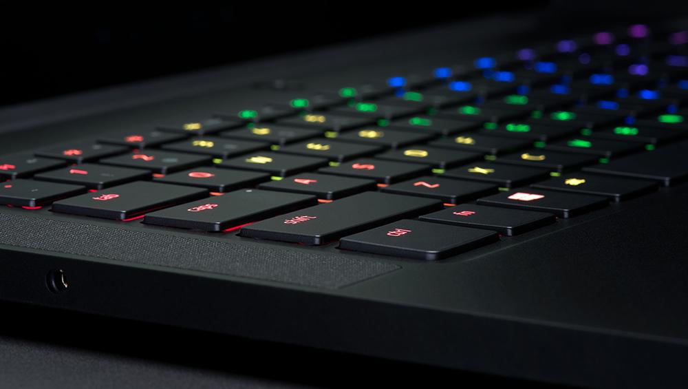 Клавиатура ноутбука не работает: что делать?