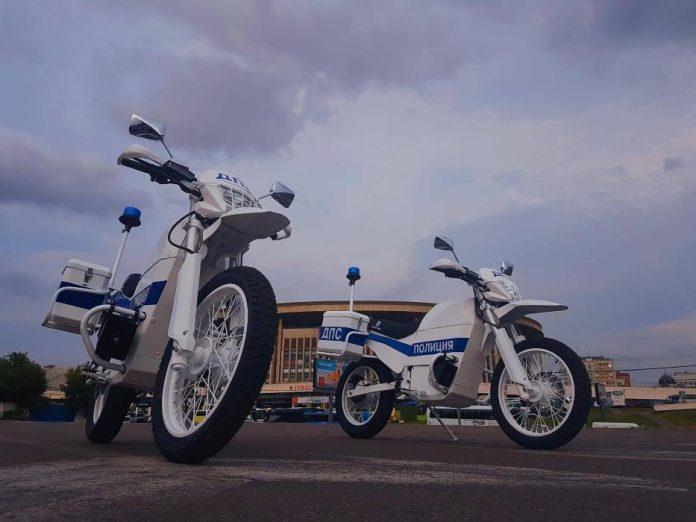 «Калашников» представил полицейские электромотоциклы «Иж»
