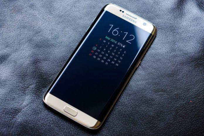 Глава Samsung отправится в тюрьму на 5 лет